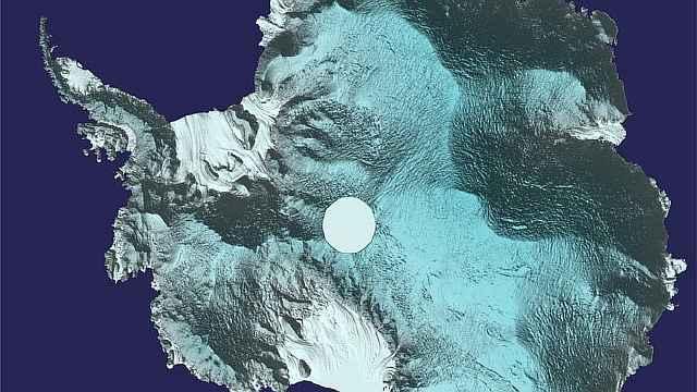 Российские моряки обновят карту Антарктики во время кругосветки